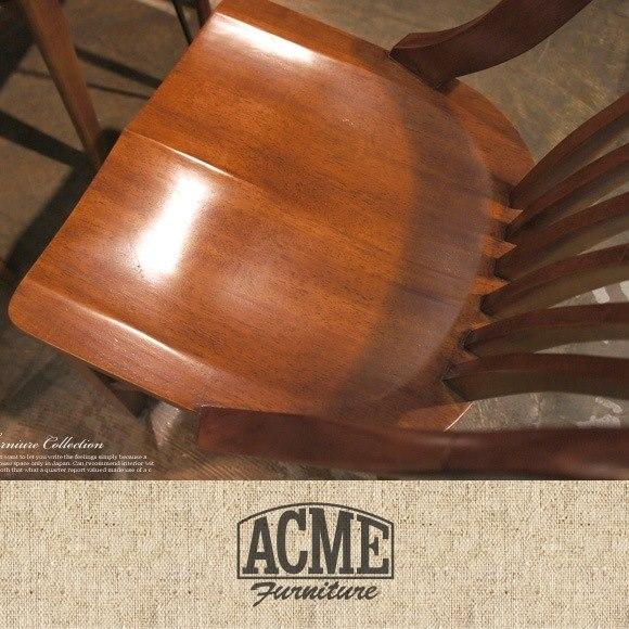 木製のアメリカンビンテージチェア