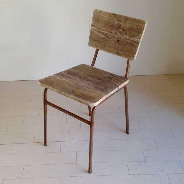 鉄と古材のシャビーシックな椅子