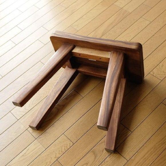 オシャレな木製スツール