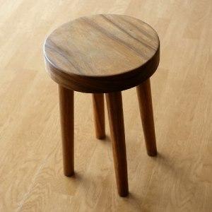 木製の丸スツール