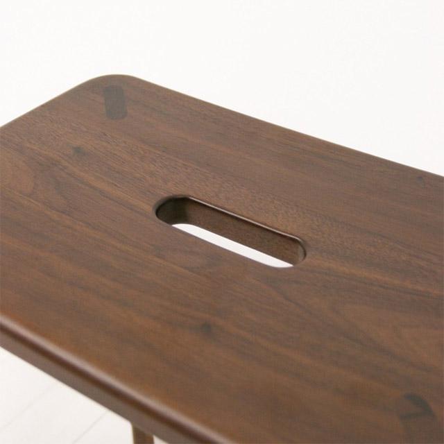 ウォールナット無垢材スツールの座面