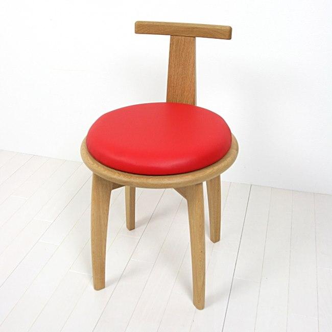 ナラ無垢材の回転椅子
