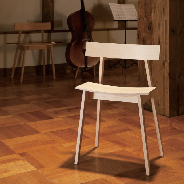 チェロ奏者の椅子 ハーフチェア