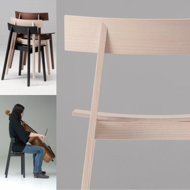 奏者が座る椅子