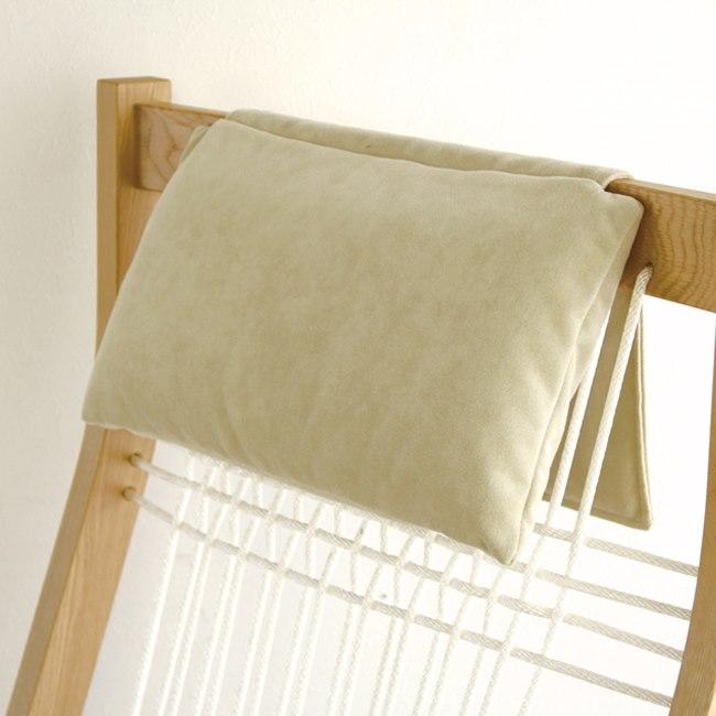 匠工芸の枕付きロッキングチェア