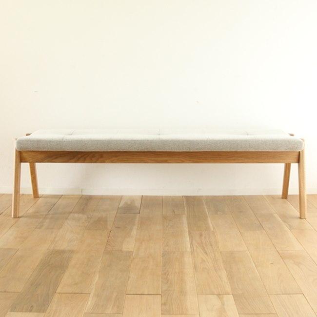 ナラ材とクッション座面のベンチ