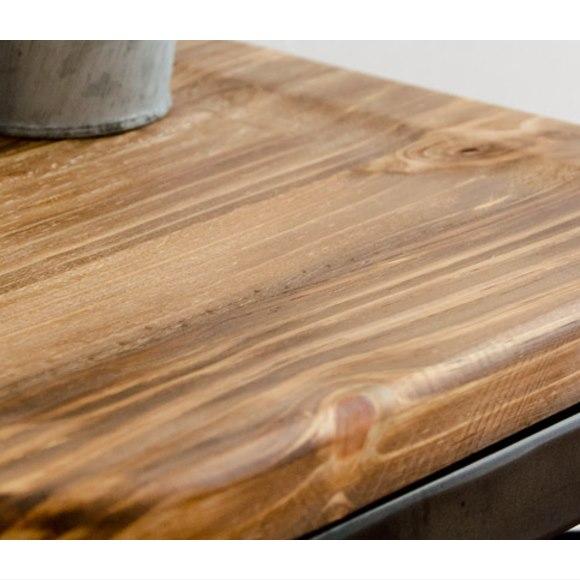 風合いのあるパイン材座面のLewisスツール