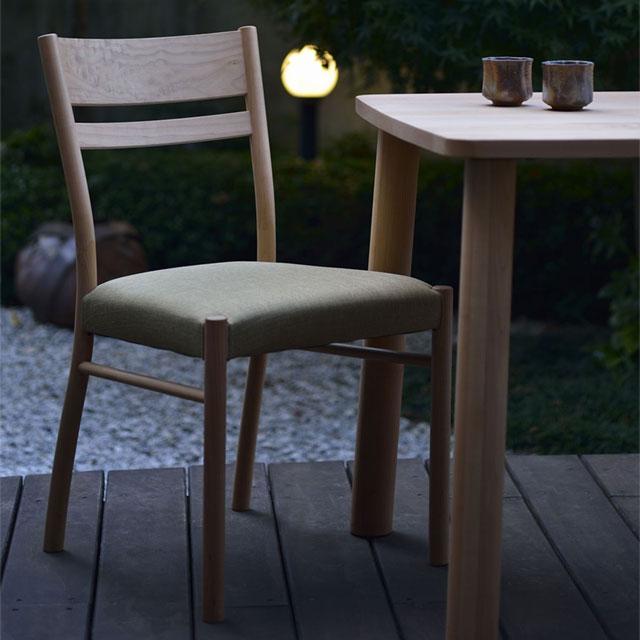 MIKIMOKUの椅子 カエデモノリ