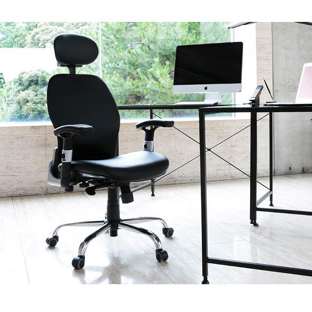 オシャレな格安オフィスチェアとパソコンデスク
