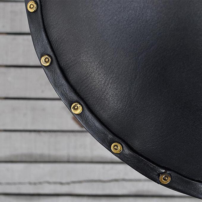 牛革の椅子