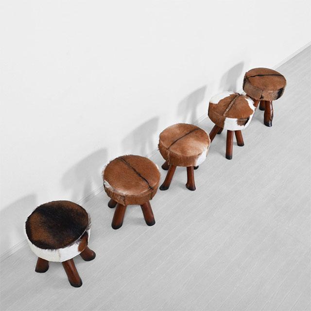 ハラコの椅子