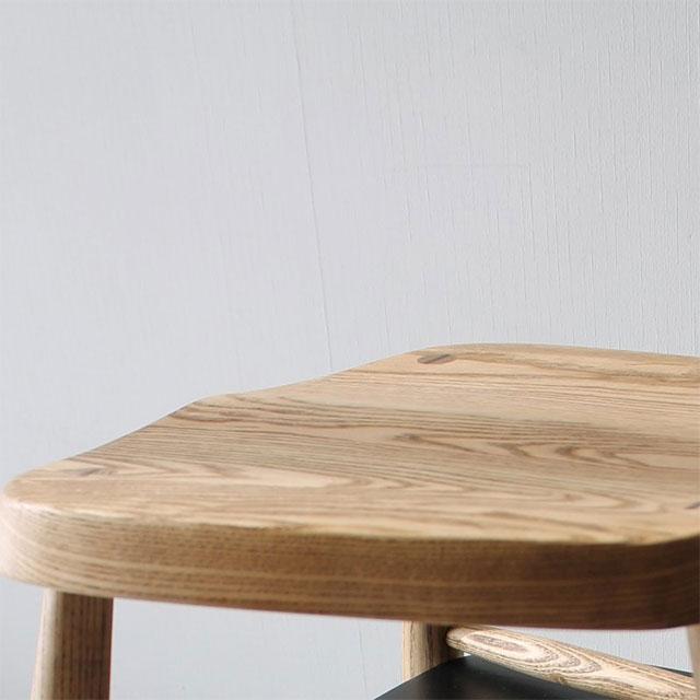 アーコール風アッシュ無垢材ダイニングチェアの座面
