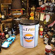 世田谷ベースのGulfオイル缶スツール