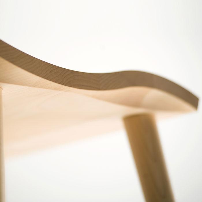 cosine マインスツールの無垢材座面