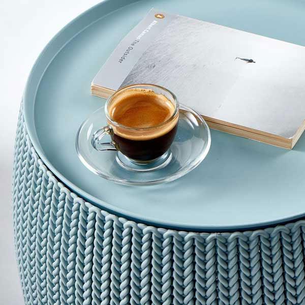KETER社製の収納できるサイドテーブル