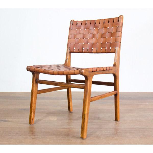 レザーを編んだ椅子