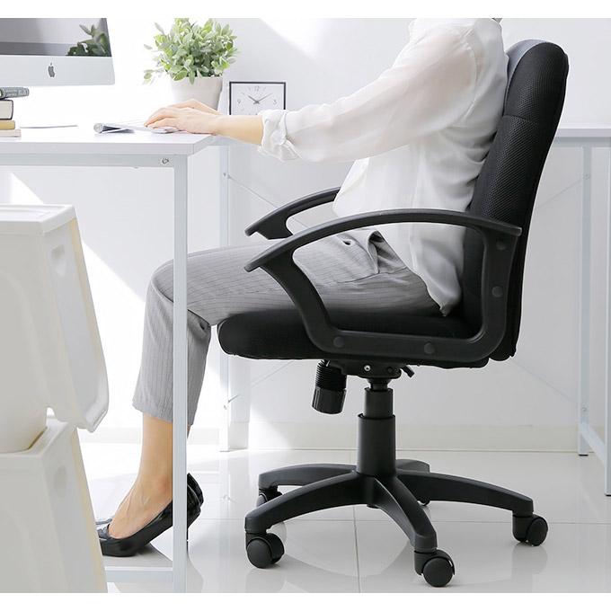 低価格ハイスペックのオフィスチェア