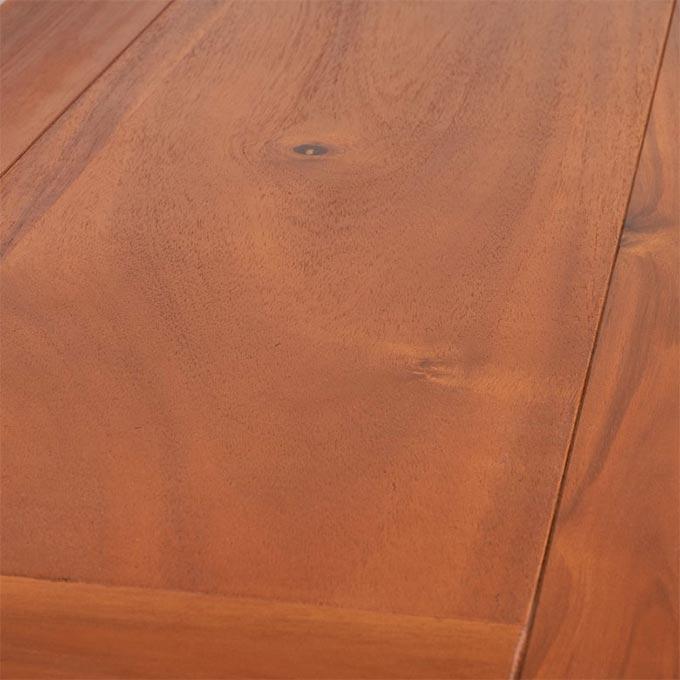 チーク材のようなアカシアのベンチ
