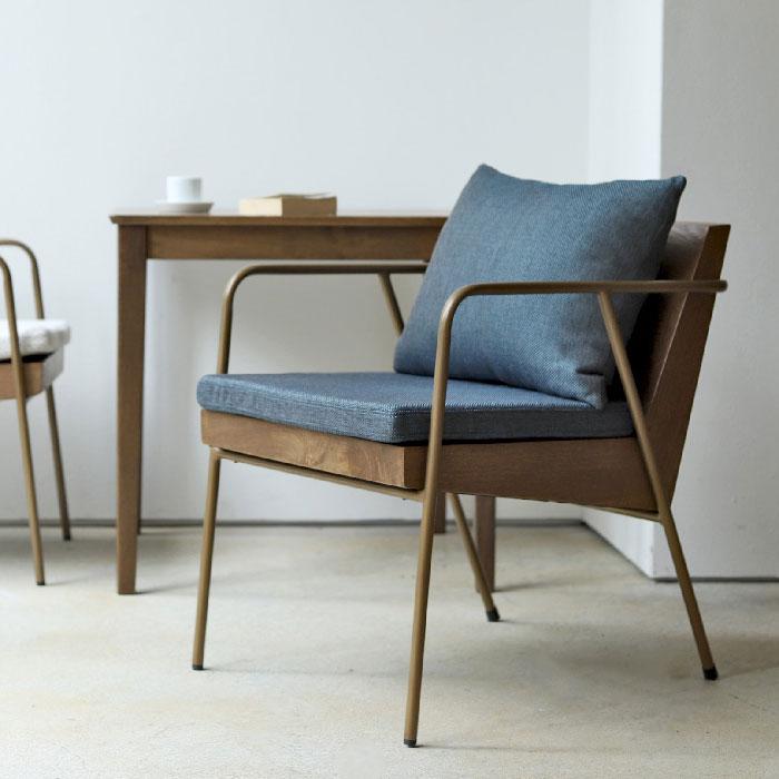 木とアイアンのおしゃれな椅子